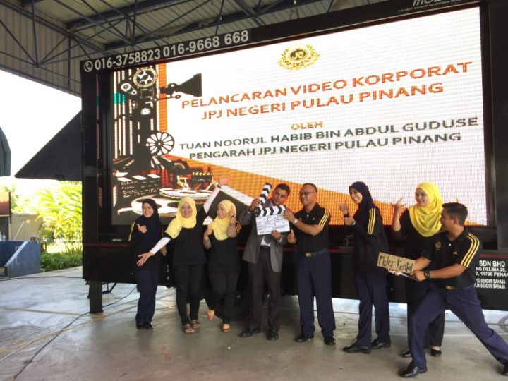 Corporate events will never be dull with Mobiled's presence! JPJ Negeri Pulau Pinang wanted a unique way to launch their latest corporate video. They requested, and we delivered!